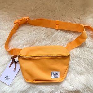 New! HERSCHEL Fifteen Hip Pack Belt Bag